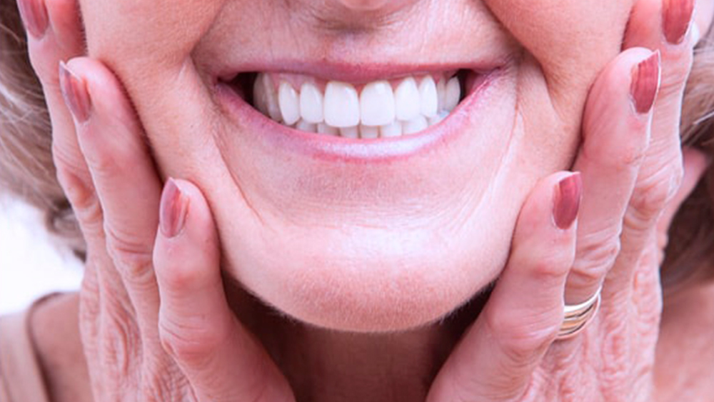 Prótesis dentales fijas y removibles en Madrid